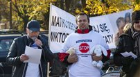 Protest Ojców przed Sejmem