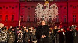 Iluminacje na 25. rocznicę końca PRL