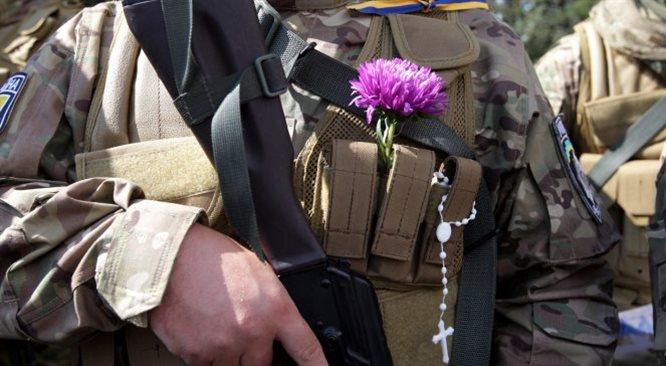 Ukraina: dwaj oficerowie wysadzili się w powietrze. Zabili 12 Rosjan