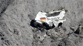 Katastrofa w Alpach. Piloci powinni być szczegółowo badani