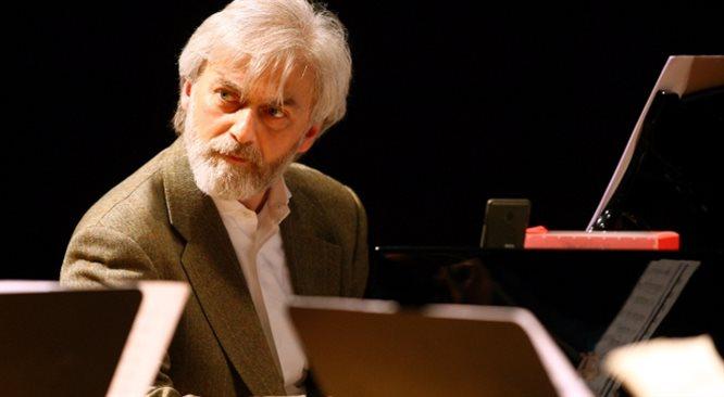 Krystian Zimerman: nie gram na fortepianie, tylko na sali koncertowej