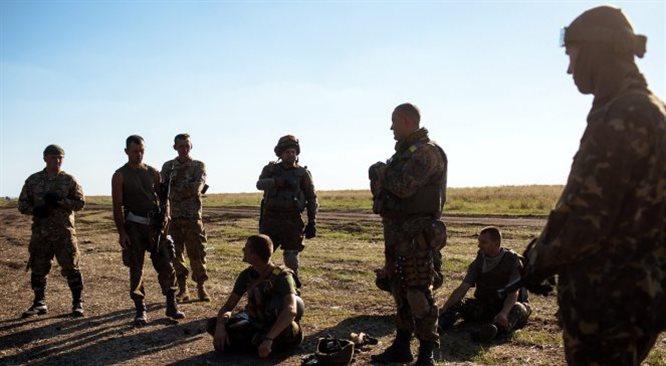 Separatyści zestrzelili ukraiński samolot pod Ługańskiem. Wiele ofiar cywilnych w Doniecku
