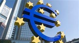 Zaskakująca decyzja EBC ma ożywić gospodarkę strefy euro. Na rynek co miesiąc trafi 60 mld euro