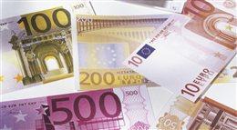 Strefa euro na krawędzi recesji. Litwa nie boi się przyjęcia wspólnej waluty?