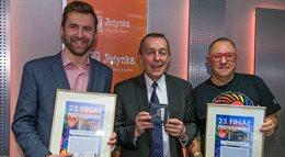 Serduszko WOŚP nr 90 wręczone zwycięzcy licytacji