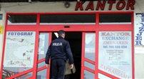 Napad na kantor w Jabłonce. Napastnicy zabrali torbę z pieniędzmi