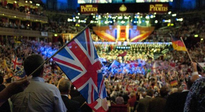 Publiczność w Wielkiej Brytanii jest mniej spięta niż w Polsce
