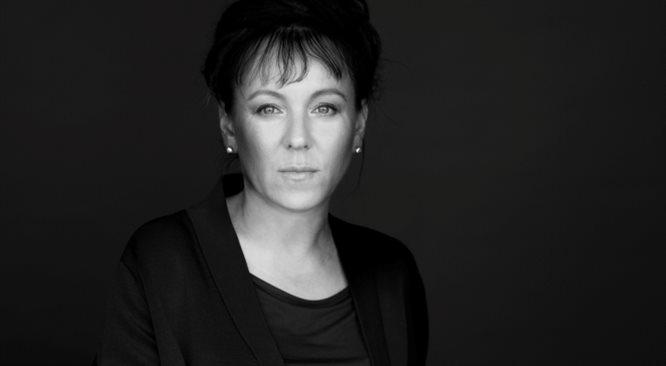 Olga Tokarczuk odbudowała zaginiony świat. Wszystko w Księgach Jakubowych