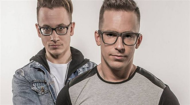 Glassesboys. Polski duet nagrał numer ze Snoop Doggiem