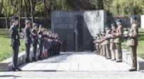 Uroczystości z okazji 72 rocznicy wybuchu powstania w warszawskim getcie