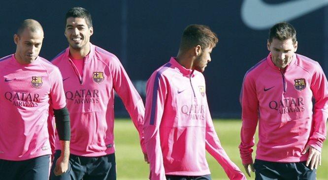 Primera Division: Real Madryt - FC Barcelona. Suarez w pierwszym składzie [NA ŻYWO]