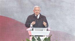 Przemówienie Jarosława Kaczyńskiego przed Pałacem Prezydenckim