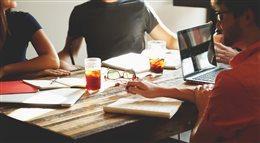 Co motywuje nas do pracy? Pieniądze to nie wszystko