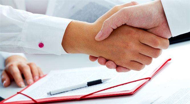 Zamiast oskładkowanych umów-zleceń, lepszy będzie kontrakt o pracę