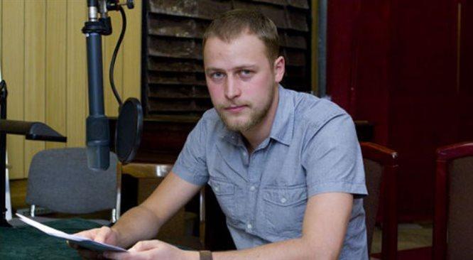 Człowiek z kwiatem w ustach w radiowej Jedynce