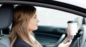 Niebezpieczne nawyki polskich kierowców