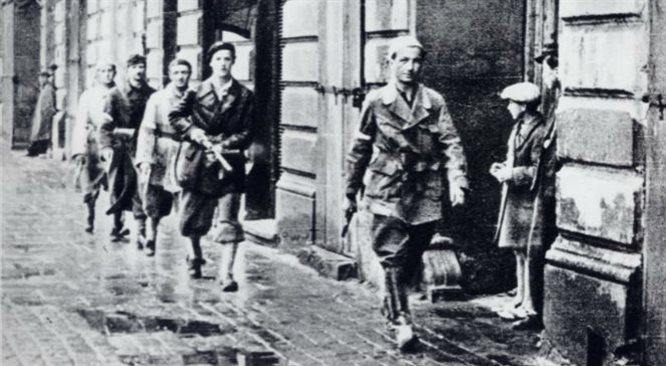 Stanisław Jankowski ps. Agaton  wrócił odbudować Warszawę