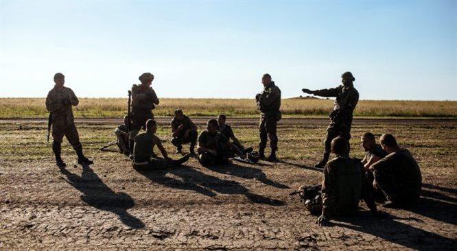 Ukraina wypiera separatystów ze wschodu. A w rejon walk chce wjechać biały konwój