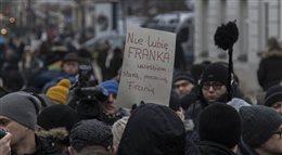 Frankowicze demonstrowali przed pałacem prezydenckim