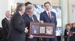 Prezydent odznaczył mistrzowską reprezentację siatkarzy