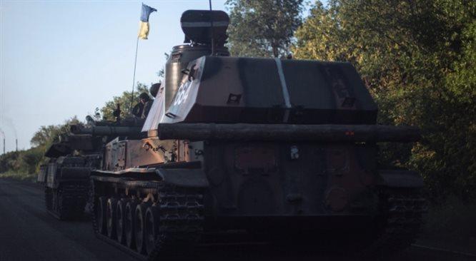 Rosyjski biały konwój już na granicy. Zacięte walki na wschodzie Ukrainy