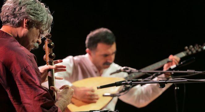 Kayhan Kalhor  Erdal Erzincan (Iran, Turcja)