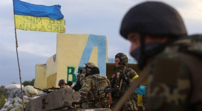 Rośnie zagrożenie od strony Krymu, zgrupowano kilka tysięcy żołnierzy