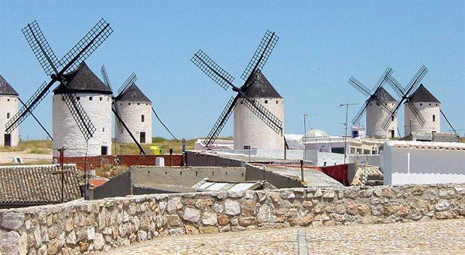 La Mancha - duch Don Kichota i magia wiatraków