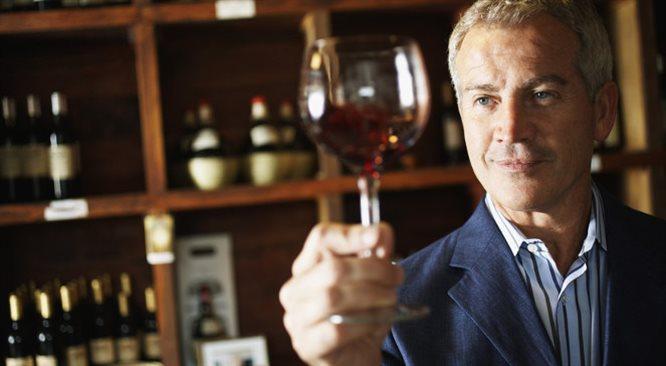 Głębia smaku, kultura i wielkie pieniądze, zaklęte w winie