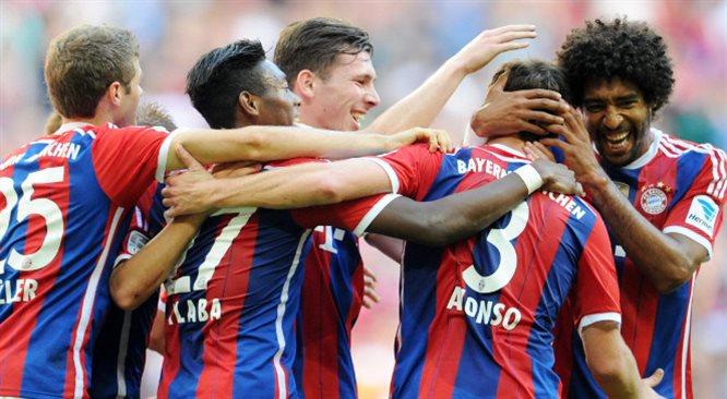 Liga Mistrzów: Bayern Monachium demoluje Romę. Gol Lewandowskiego [MULTIRELACJA]