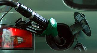 Ceny paliw najniższe od trzech lat. Ale to koniec spadków