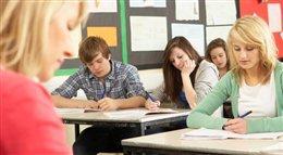 Gimnazjum to dobry czas na naukę ekonomii. Rusza program Młodzi Przedsiębiorczy