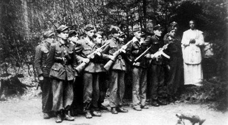 Żołnierze Polskiej Podziemnej Armii Niepodległościowej, 1948 r.