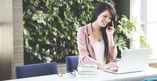 Kobieta w męskim świecie pracy i władzy