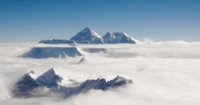 "B ó jka on Mount Everest. "" "" rules were broken"