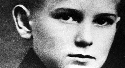 Kardynał Karol Wojtyła wśród górali. Z prawej osobisty sekretarz kardynała ks. Stanisław Dziwisz. Polska po 1967.