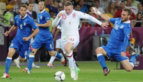 Zmiany w reprezentacji Anglii. Rooney nowym kapitanem