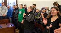 Sąd uniewinnia za manifestację przeciw debacie z prof. Zygmuntem Baumanem