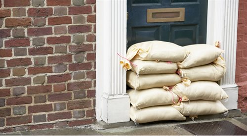 Ubezpieczenie od powodzi. Uważaj na karencję