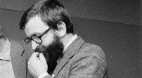 Prof. Zieniewicz: jego wiersze Barańczaka były awangardowe, ale wyczulone na rzeczywistość polityczną