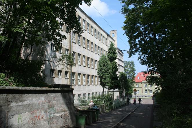 Gimnazjum-ss.urszulanek--02.jpg