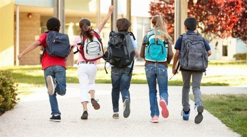 Co drugi uczeń klas 1-3 szkoły podstawowej nosi za ciężki plecak