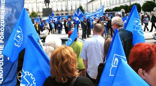 Marsz gwiaździsty w Warszawie. Czy rząd ulęgnie związkowcom?
