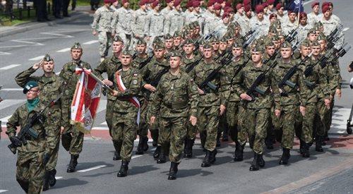 Językoznawca: niech żołnierze nie obrażają się na koszary