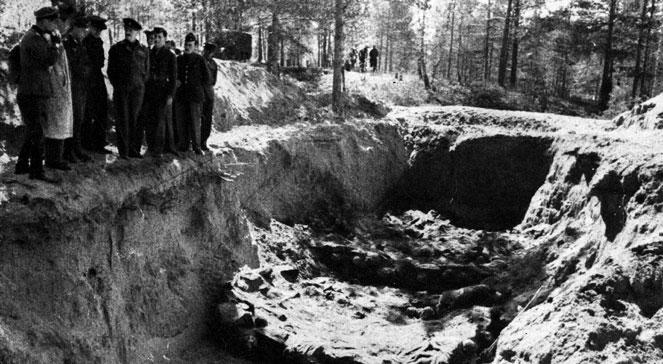 Ekshumacja zwłok polskich oficerów zamordowanych w Katyniu (1943 r.). foto: PAPArchiwum