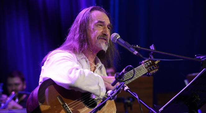 Mirosław Czyżykiewicz podczas koncertu w Trójce