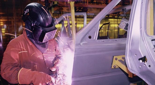 fabryka samochodów przemysł 663.jpg