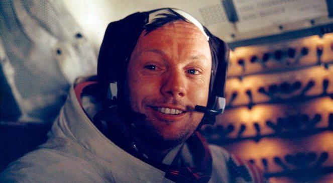 Zdjęcie NASA: Neil Armstrong tuż po historycznym spacerze po księżycu 20 lipca 1969 roku