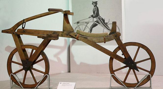 Pojazd skonstruowany przez Karola Draisa, foto: wikipediaJoachim Khlercreative commons
