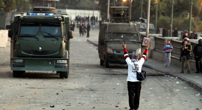 Protest w Egipcie przeciwko wyrokowi śmierci na 21 kibicach piłkarskich.